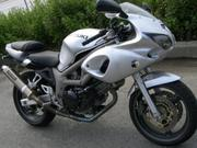 Продам мотоцикл Suzuki SV400S